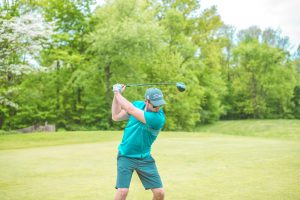 compresser la balle au golf